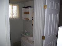 waterfront rental condo Bathroom